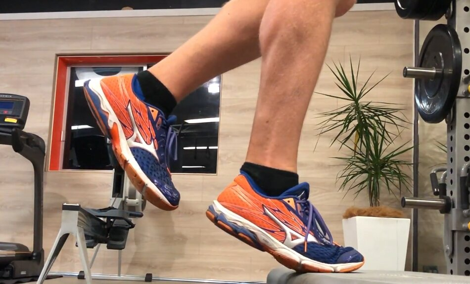 Best Neutral Running Shoes for Achilles Tendonitis